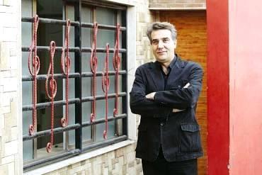 ر دو روز بعد از اختتامیه جشنواره سی و دومدبیرخانه سی و سومین جشنواره موسیقی فجر آغاز به کار کرد