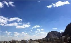 کاهش موقتی آلودگی هوای تهران به مدد باد/ بارش باران در سواحل خزر