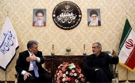 آیتالله هاشمی و حیدر علیاُف بنیانگذار ارتباطات نوین بین آذربایجان و ایران بودند