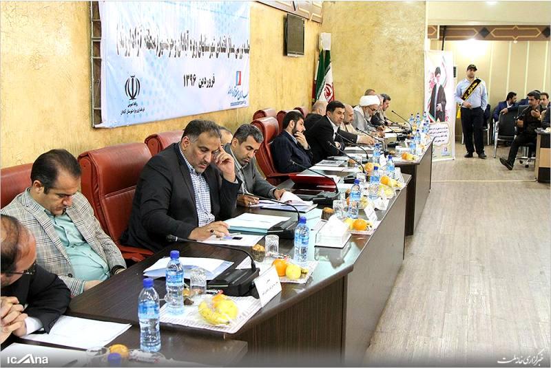 گزازش تصویری/ جلسه بررسی مسائل اقتصادی آبادان و خرمشهر در فرمانداری ویژه آبادان