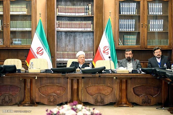 فوت هاشمی رفسنجانی هم پای روحانی را به مجمع تشخیص باز نکرد+ تصاویر