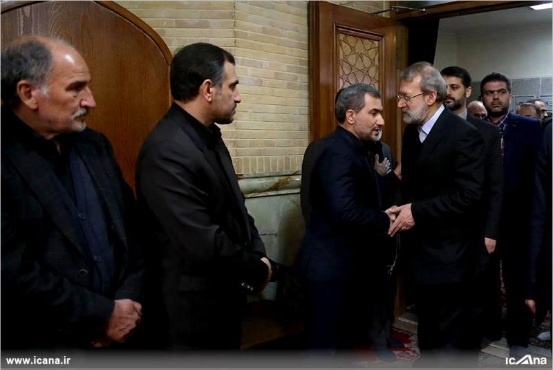 گزارش تصویری/ حضور دکتر لاریجانی در مراسم ختم مرحوم حاج عزیزالله اسماعیلی