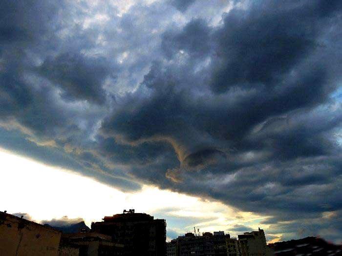 هیولا در آسمان ریو دوژانیرو!