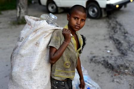 کار گروه بررسی وضعیت کودکان زباله جمع کن تشکیل شد
