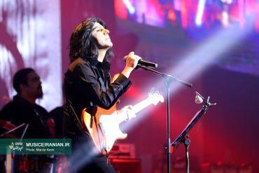 طنین صدای کاوه یغمایی در پایتخت پیچیدگزارش متنی و تصویری «موسیقی ایرانیان» از تازه ترین کنسرت «کاوه یغمایی» در تهران