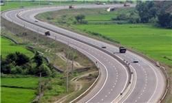 کاهش ترافیک جادهها/ انسداد محورهای شمشک-دیزین و پونل-خلخال به دلیل شرایط جوی