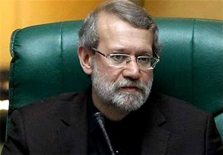 لاریجانی:مجلس مشکل بازنشستگان پیش از موعد و بازرسان وزارت صنعت را پیگیری می کند