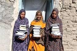 با حضور در نمایشگاه کتاب تهران به دانشآموزان روستایی کتاب هدیه کنید