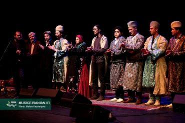 لالایی کوتاه قشقایی در آزادیگزارش مفصل «موسیقی ایرانیان» از کنسرت گروه موسیقی قشقایی «حاوا» در جشنواره موسیقی فجر
