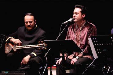 گزارش تصویری سایت خبری و تحلیلی «موسیقی ایرانیان» از این کنسرتوحید تاج و کیوان ساکت کنسرت خیریه برگزار کردند