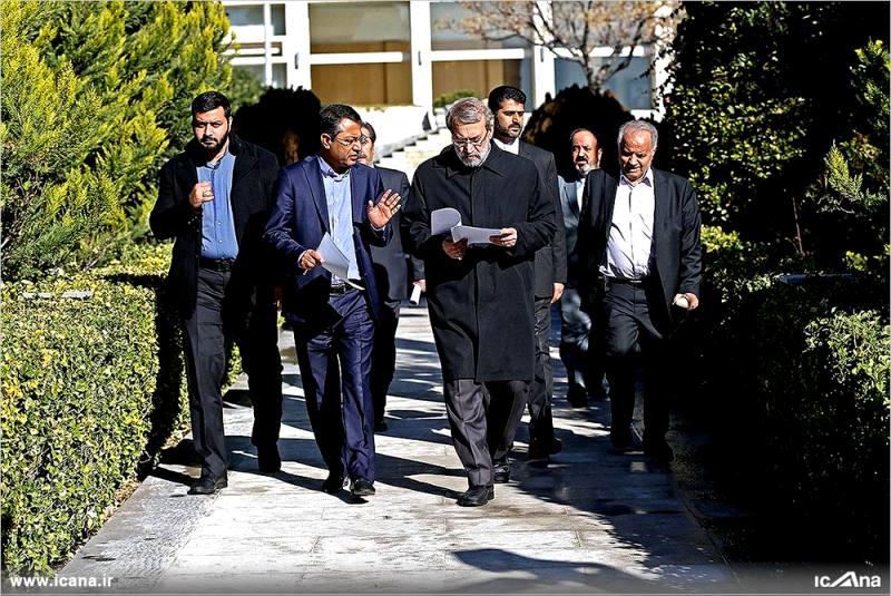 گزارش تصویری/ نشست نمایندگان اقلیت مجلس با دکتر لاریجانی