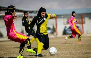 جمعه، دربی فوتبال بانوان در فولادشهر
