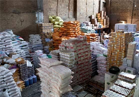 تا 15 روز ذخیره مواد غذایی داریم/ بالا رفتن قیمت دلار تاثیر خود را شب عید نشان خواهد داد
