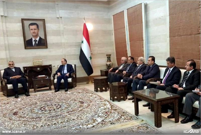 گزارش تصویری/ دیدار علاءالدین بروجردی و اعضای کمیسیون امنیت ملی و سیاست خارجی مجلس با نخست وزیر سوریه