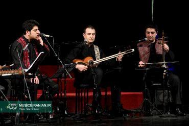 گزارش تصویری «موسیقی ایرانیان» از کنسرت گروه موسیقی «لوتوس»نوای «همراه شو عزیز» با صدای «اشکان کمانگری» در جشنواره موسیقی پیچید