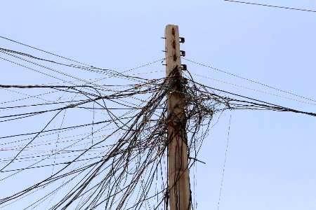 شناسنامهدار شدن برقهای غیر مجاز در حال اجرا است / 97 درصد تجهیزات برقی داخلی است