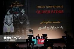 """حرفهای سیاسی """"اولیور استون""""/ «از احمدینژاد نمیخواستم فیلم بسازم»"""