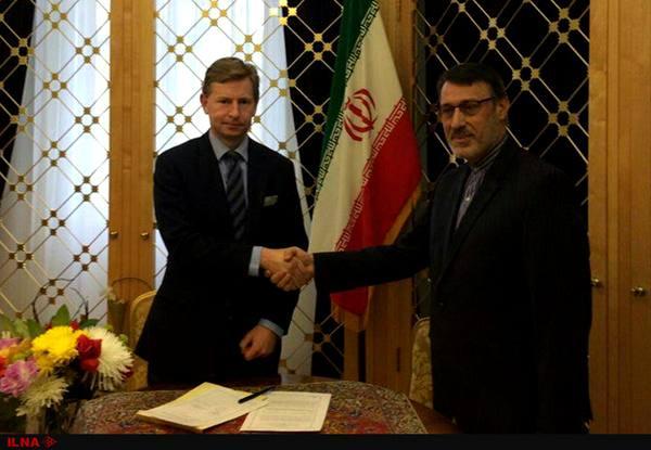 امضای یادداشت همکاری تفاهم ایران و انگلیس در زمینه درمان سرطان