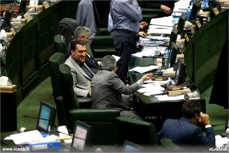 گزارش تصویری/ سی و ششمین جلسه بررسی جزئیات لایحه برنامه ششم در صحن علنی مجلس