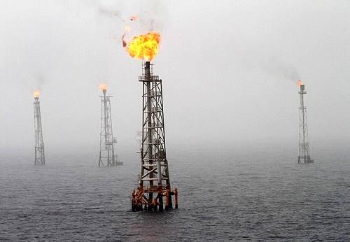 ایرادات به کرسنت بنی اسرائیلی و سیاسی است/ اگر گاز را مجانی هم به امارات می دادیم ضرر نکرده بودیم