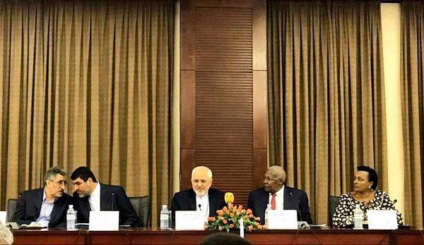 مجمع تجاری ایران و اوگاندا آغاز به کار کرد