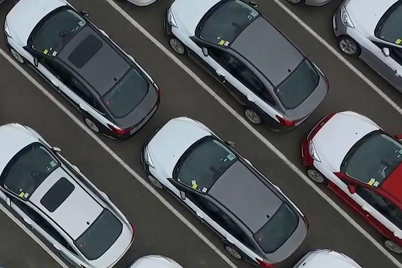 واردات خودرو 73 درصد کاهش یافت