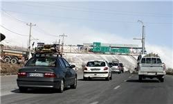ترافیک نیمهسنگین در برخی جادههای منتهی به تهران/رانندگان محورهای سردسیر زنجیرچرخ داشته باشند