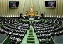 دفاع جهانگیری هم کارساز نشد/ مجلس با تفکیک وزارتخانههای صنعت، ورزش و راه مخالفت کرد