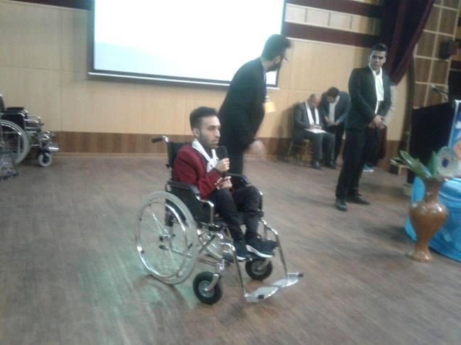 هنرنمایی معلولان آملی