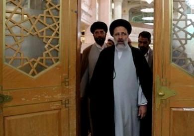 رئیسی رقیب انتخاباتی روحانی می شود/ استعفاء رییسی از هیات نظارت انتخابات؟