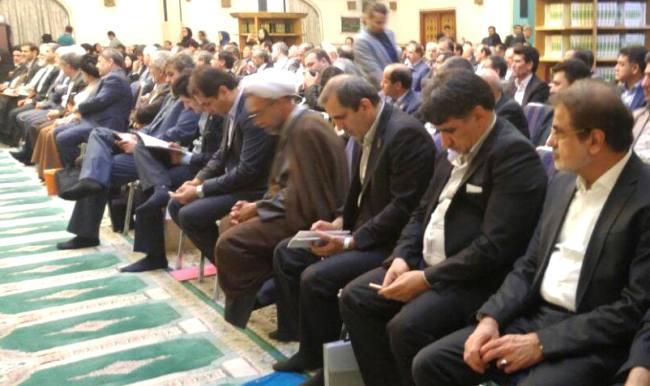 یوسفنژاد در صدر مجلس/ حضور نماینده اول مردم ساری در جلسه (فراکسیون امید)