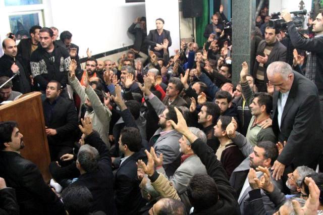 حضور با شکوه حامیان دامادی در مسجد شکوهی ساری + تصاویر