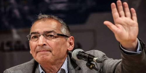 زیباکلام: نگذاریم پایداریها مجلس را تصاحب کنند