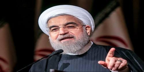 روحانی: عده ای شعار می دهند و هزینه ها را از جیب مردم می پردازند