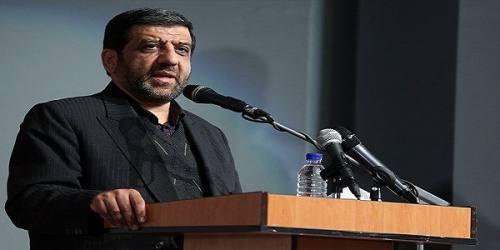 فضای مجازی آمد که انقلاب اسلامی را نجات دهد