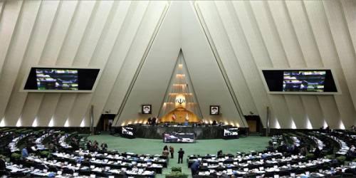 سرنوشت طرح اصلاح قانون انتخابات مجلس در انتظار رای لاریجانی
