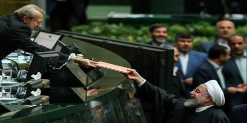 تقدیم لایحه بودجه ۹۹ به مجلس؛ فردا