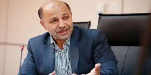 قرهخانی: کاندیداهای انتخابات برای جلب رأی مردم وعدههای دست نیافتنی میدهند