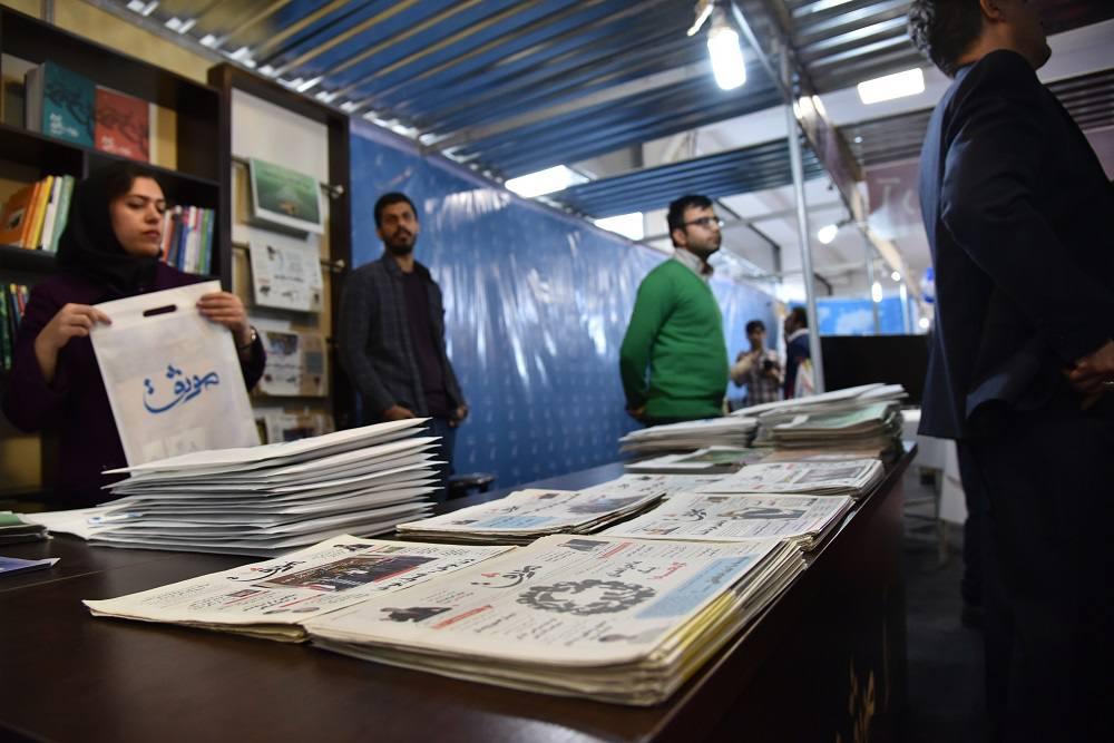 تصاویری از غرفه موثق در روز اول نمایشگاه مطبوعات مازندران