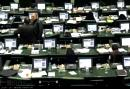 وزش نسیم انتخابات در لابه لای صندلی های سبز بهارستان