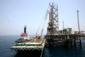 صادرات ٧٨٠ میلیون بشکه نفت از پایانه خارک طی سال گذشته