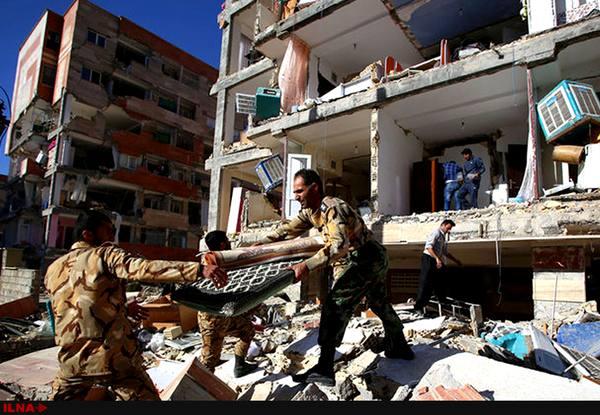 امام جمعه اهل سنت کرمانشاه از خدمات ارتش به مردم زلزلهزده تقدیر کرد