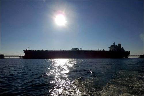 صادرات نفتی ایران از مرز ۲ میلیون و ۶۰۰ هزار بشکه گذشت