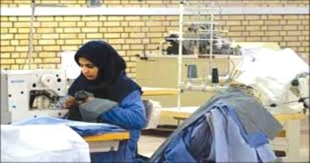 دولت قانون معافیت کارفرمایان از پرداخت حق بیمه سهم کارفرما در بکارگیری نیروی جدید را تمدید کند