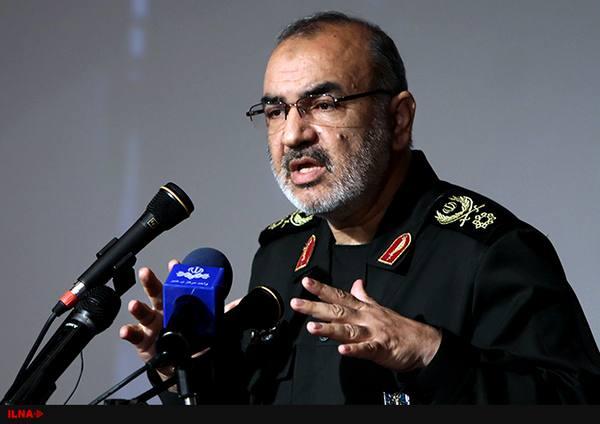 هر کسی از موشکهای ما می هراسد، به پناهگاه برود/ زندگی ملت ایران مستقل از برجام است