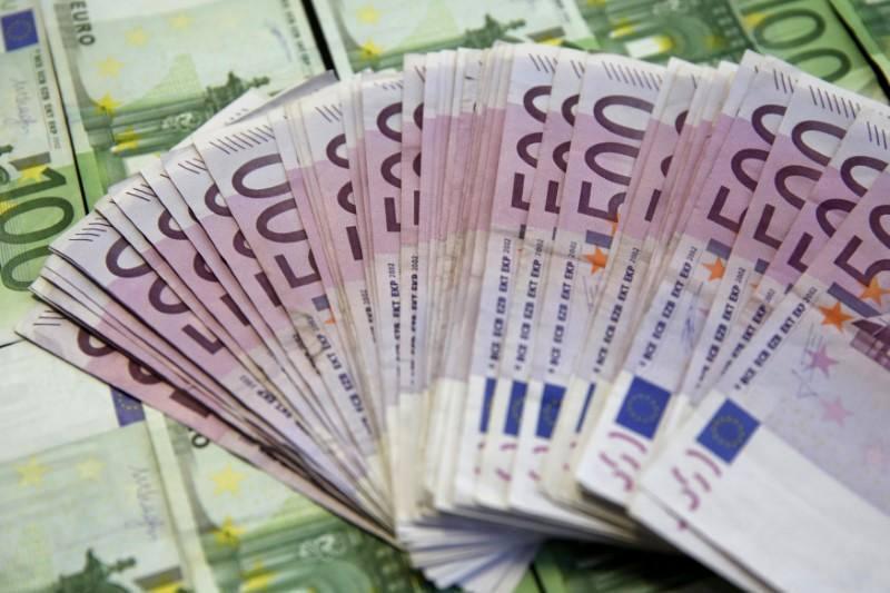 کاهش نرخ یورو به 48 هزار ریال