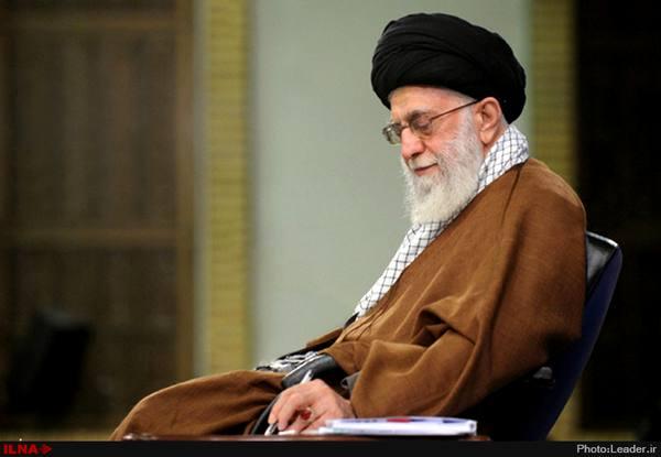 پاسخ رهبر انقلاب به سوالاتی درباره دوچرخهسواری زنان و حضور شیعیان در نماز جماعت اهل سنت