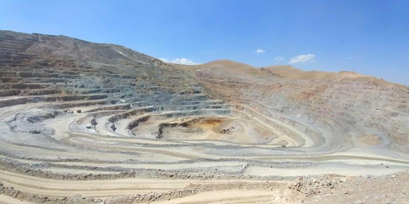 ذخیره یک میلیارد تنی 33 نوع ماده، مهر تاییدی بر توان معدنی زنجان