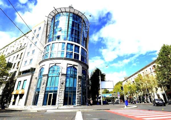 هتل داری مهم ترین ابزار توسعه گردشگری پایدار است