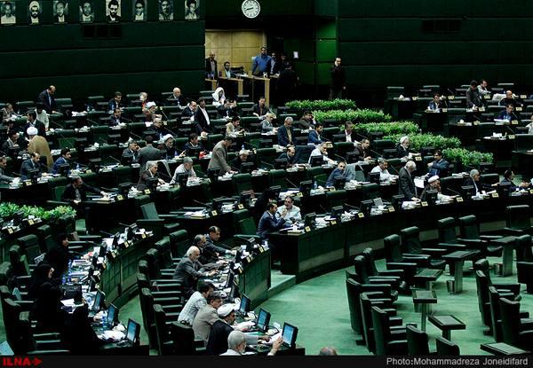 ذوالنور: مجلس نباید اقدام قانونی شورای نگهبان را تخطئه کند/ مطهری: تصمیمات شورای نگهبان باید مستدل باشد